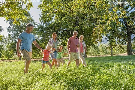Ideal für einen Mehrgenerationenurlaub - Ferienwohnungen Haus Hirschau bei Hans Angerer in Strub bei Berchtesgaden